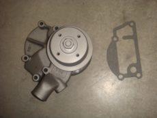 Водяной насос Д3900 B41312246 T TNS 1055 /помпа двигателя 3900