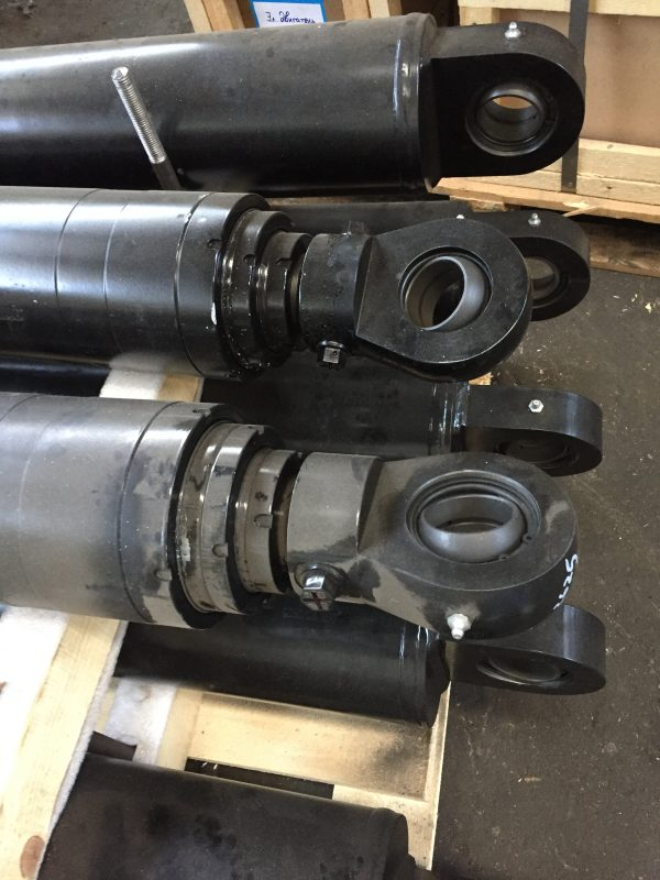 Гидроцилиндр ЦХТД 060/03/2625/01.02.Б (CHTD-060-03-3555) / Цилиндр гидравлический телескопический прессования для мусоровозов МКЗ-4709-29