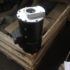 Электрический двигатель погрузчика ЕВ 735 , ЭЛЕКТРО ДВИГАТЕЛЬ ЕС 0,7/7,5/32 151502 263026 00.00-3/735