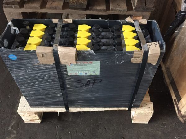АКБ- Тяговая аккумуляторная батарея Кислотная 24V 2 PzSL 160Ah, АКБ 24V 2 PzSL 160Ah ELHIM ISKRA Болгария на гибких перемычках для штабелер CLARK CPS 12 AC