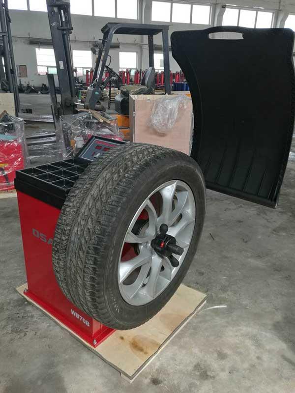 Балансировочный станок для колес OSAKA WB70B